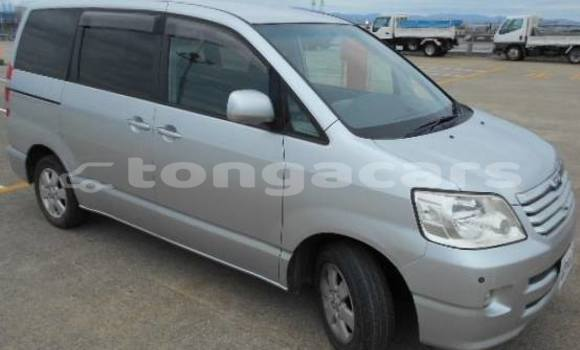 Buy Used Toyota Noah Other Car in Tofoa–Koloua in Tongatapu