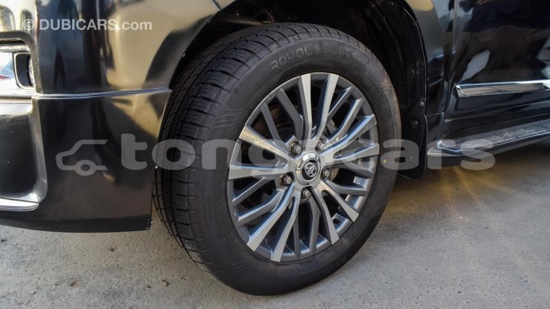 Big with watermark 199a8e8c af27 4183 9b66 89981c9952d5