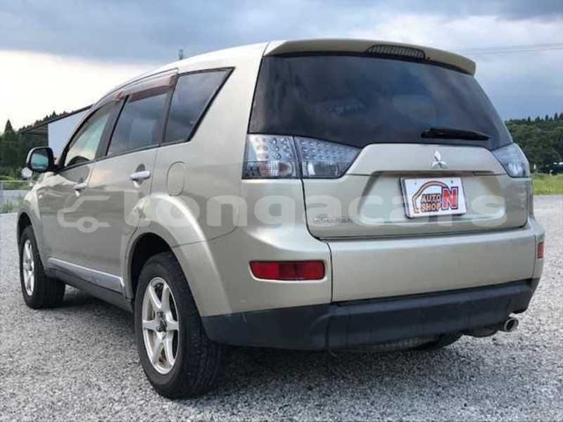 Big with watermark mitsubishi outlander tongatapu nuku alofa 589