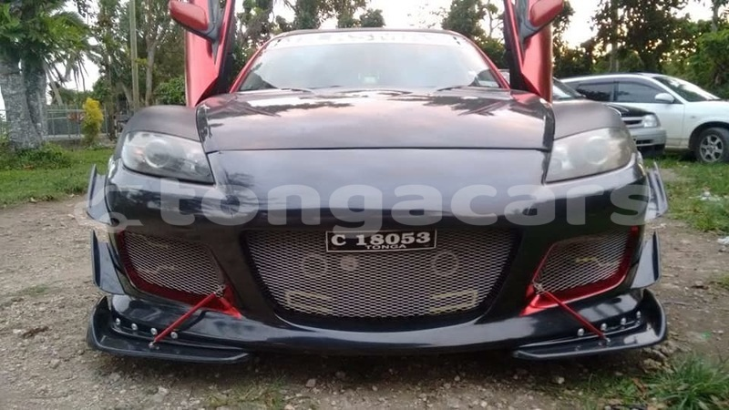 acheter occasion voiture mazda rx 8 rouge nuku 39 alofa tongatapu tongacars. Black Bedroom Furniture Sets. Home Design Ideas